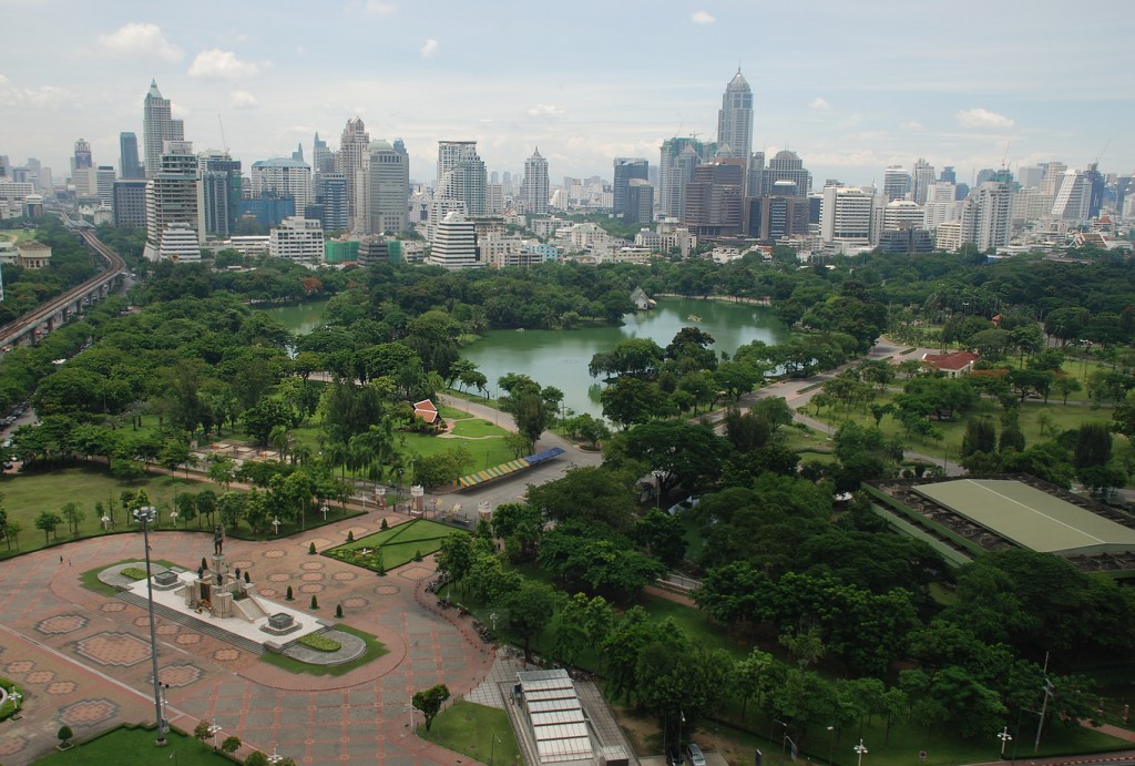 Aerial_view_of_Lumphini_Park